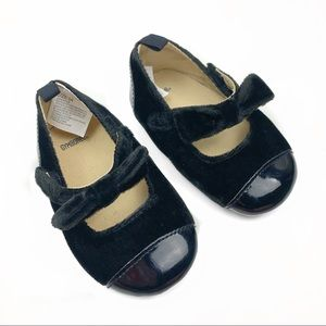 Gymboree Girls Black Velvet Bow Mary Jane Flats